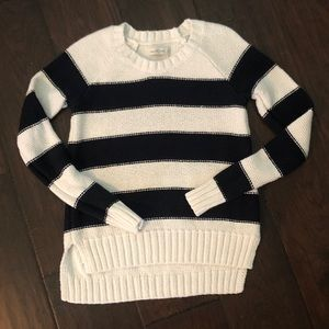 Abercrombie like new sweater